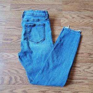 STUDIO BLUE   Raw Hem Skinny High Rise Jeans